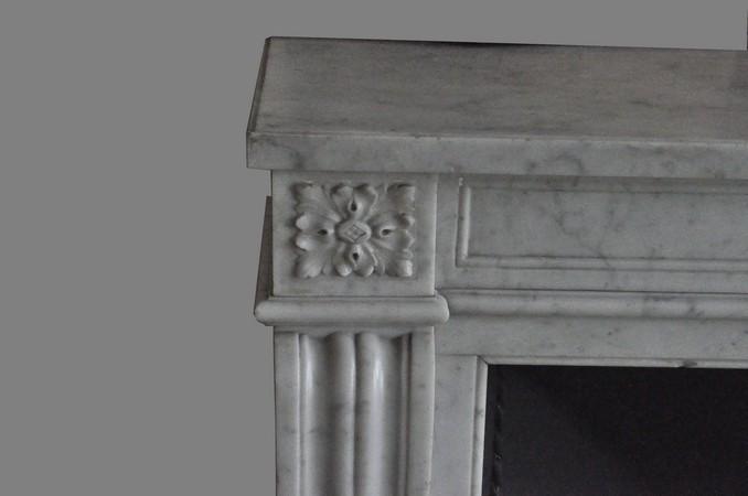 chemin e ancienne mat riaux anciens louis xv 3 coquille 19 eme si cle marbre achat vente. Black Bedroom Furniture Sets. Home Design Ideas
